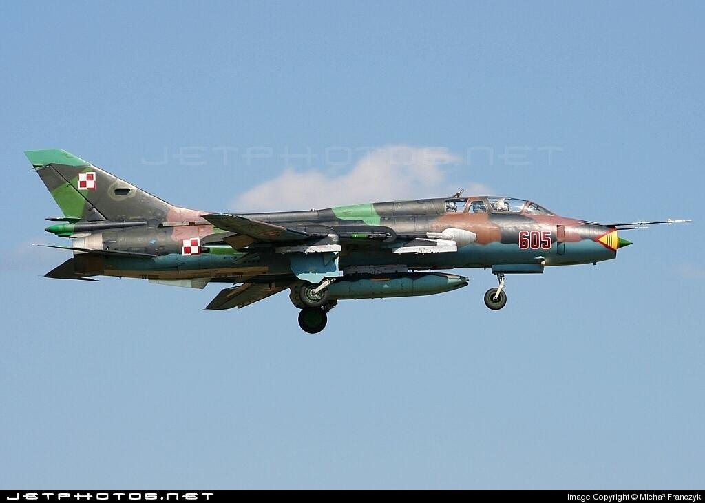 605 - Sukhoi Su-22UM3K Fitter - Poland - Air Force
