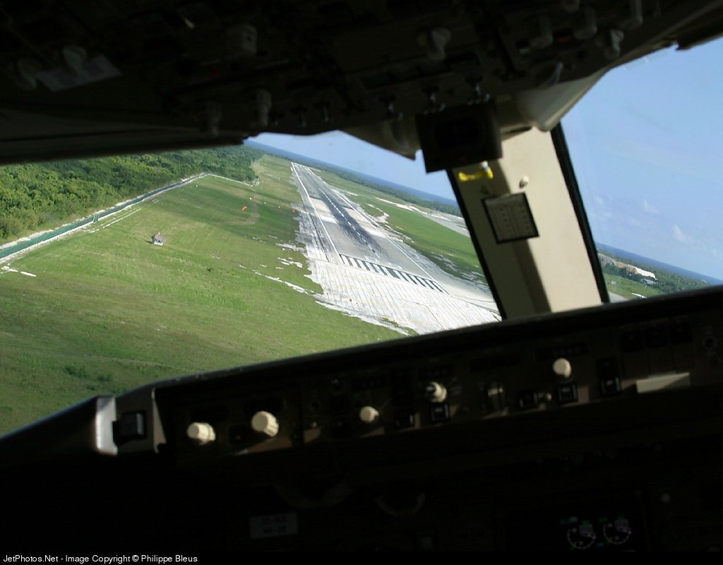 MDPC - Airport - Runway