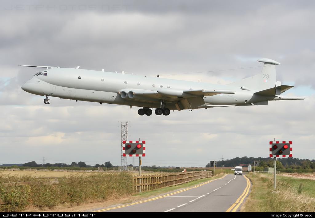 XV229 - British Aerospace Nimrod MR.2 - United Kingdom - Royal Air Force (RAF)
