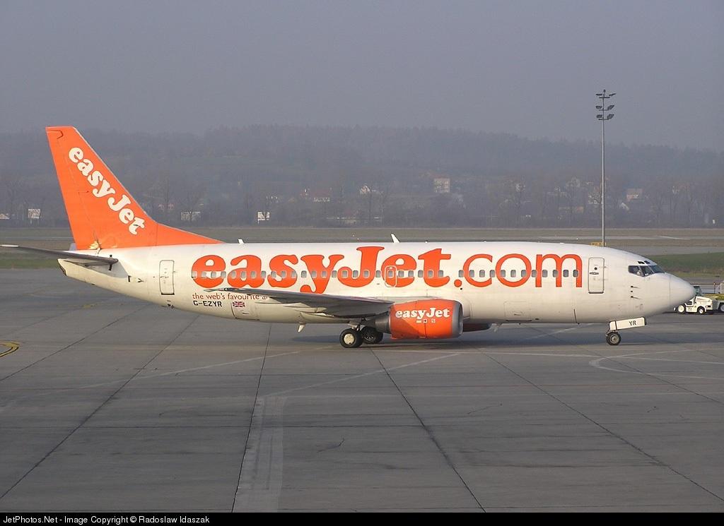 G-EZYR - Boeing 737-33V - easyJet