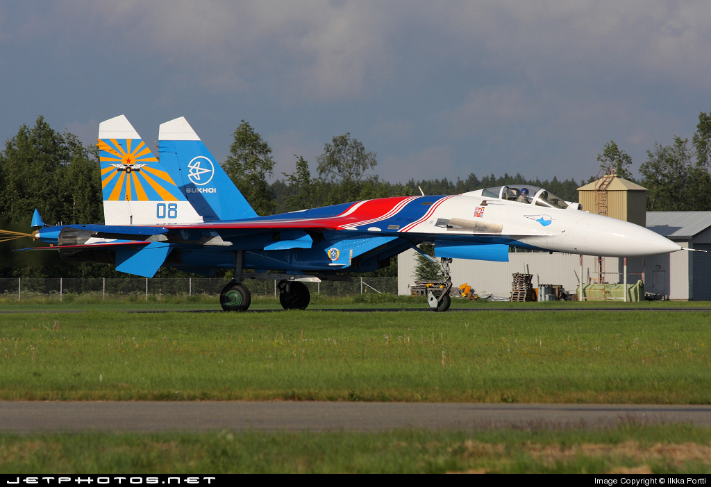 08 - Sukhoi Su-27 Flanker - Russia - Air Force