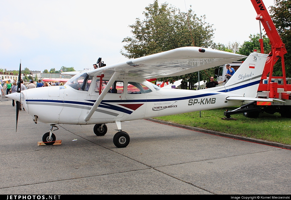 SP-KMB - Reims-Cessna F172G Skyhawk - Private