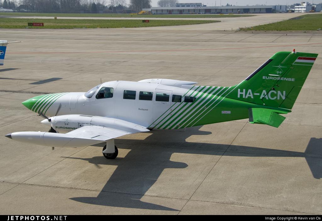 HA-ACN - Cessna 402B - Eurosense Belfotop