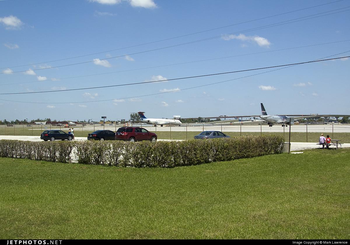 KFLL - Airport - Spotting Location