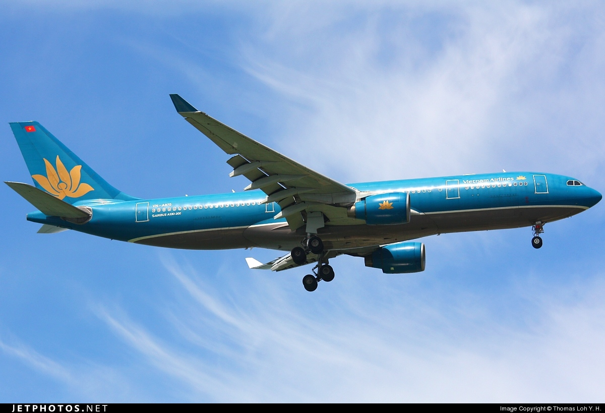 VN-A370 - Airbus A330-223 - Vietnam Airlines