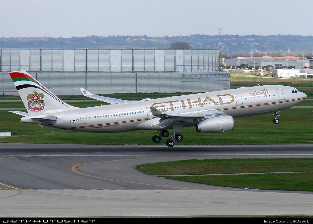 F-WWKD - Airbus A330-243 - Etihad Airways