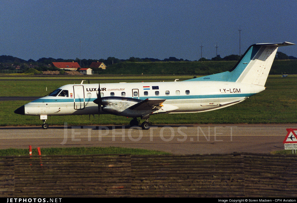 LX-LGM - Embraer EMB-120RT Brasília - Luxair Commuter