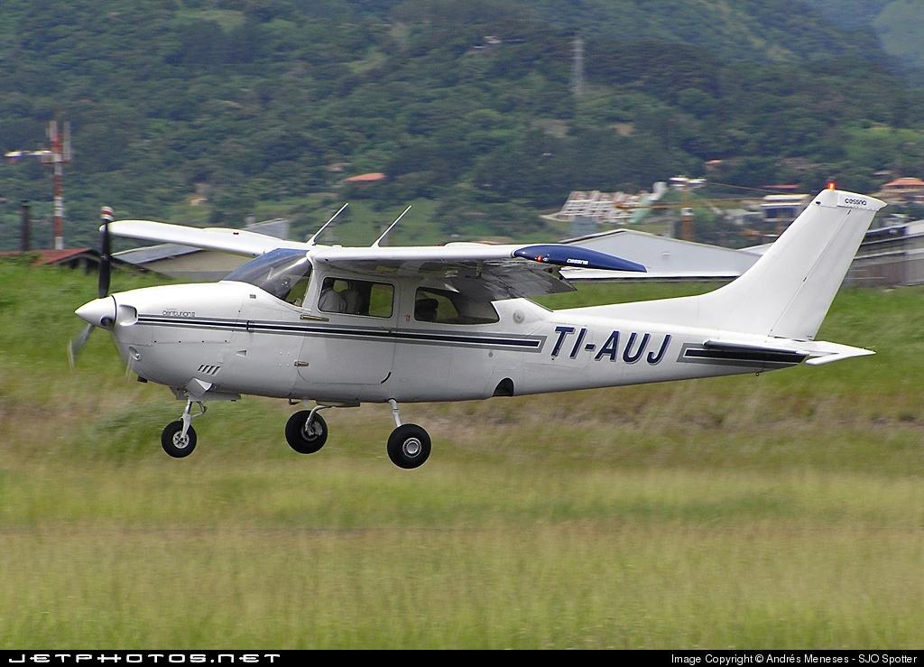TI-AUJ - Cessna 210M Centurion II - Private