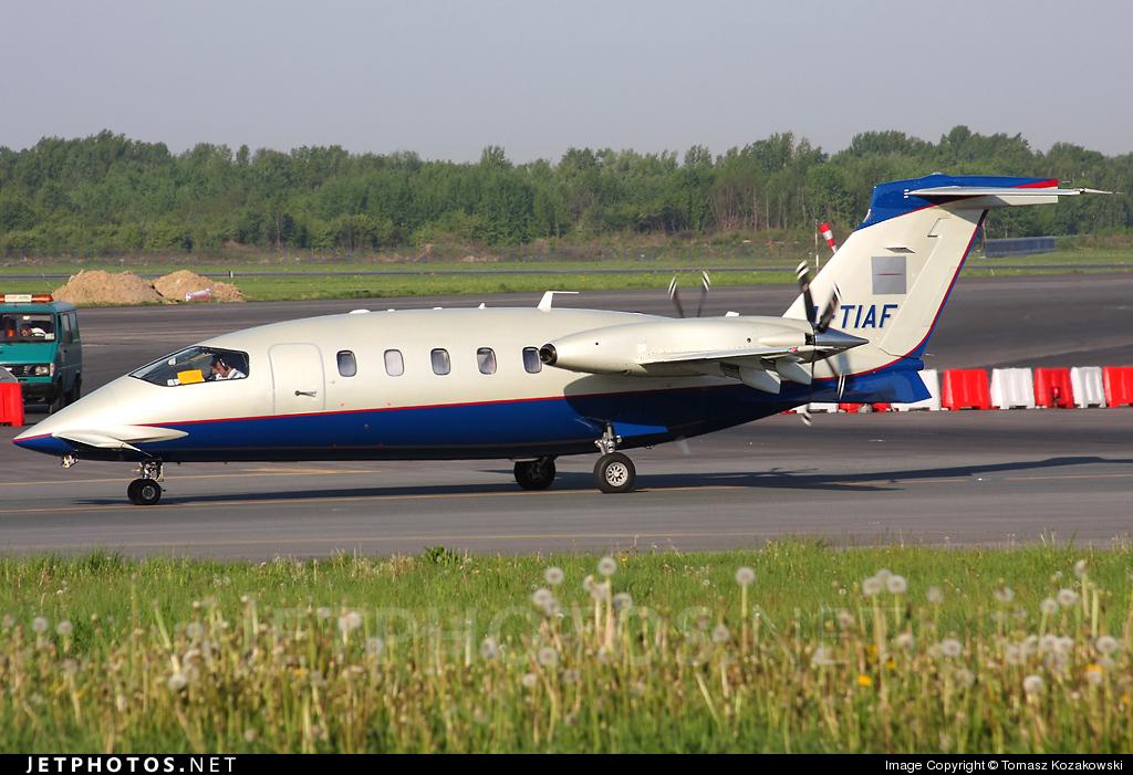 I-TIAF - Piaggio P-180 Avanti - Private