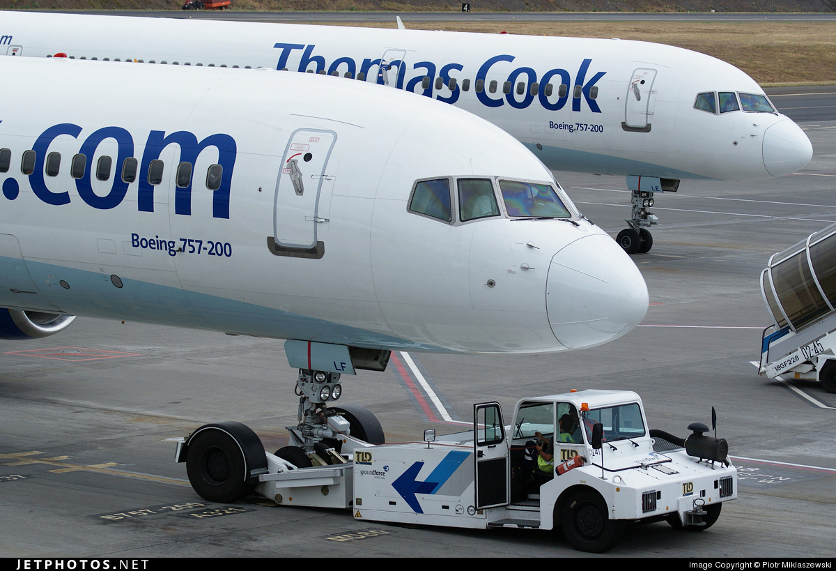 G-FCLF - Boeing 757-28A - Thomas Cook Airlines