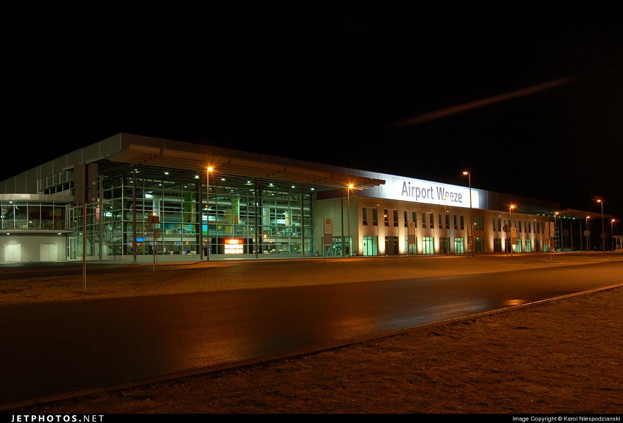 EDLV - Airport - Terminal