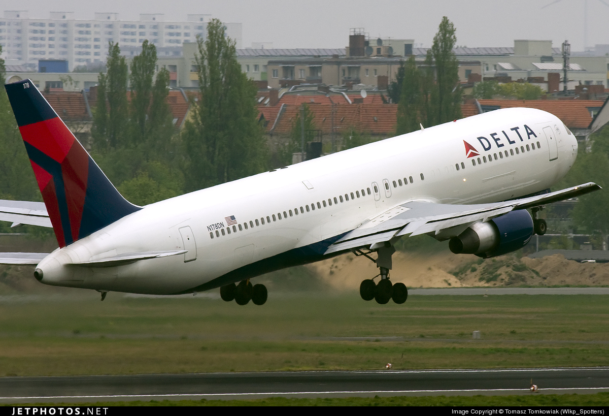 N178DN - Boeing 767-332(ER) - Delta Air Lines