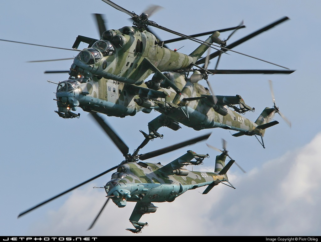 457 - Mil Mi-24 Hind - Poland - Air Force