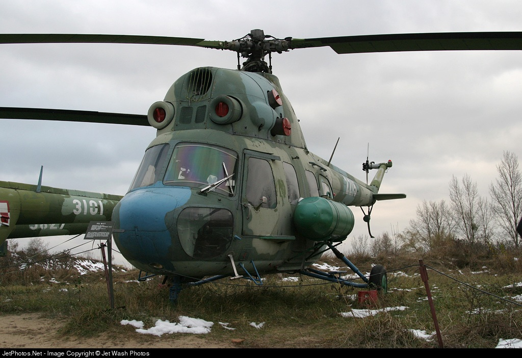 2215 - PZL-Swidnik Mi-2 Hoplite - Poland - Air Force