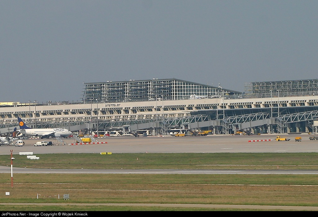 EDDS - Airport - Terminal