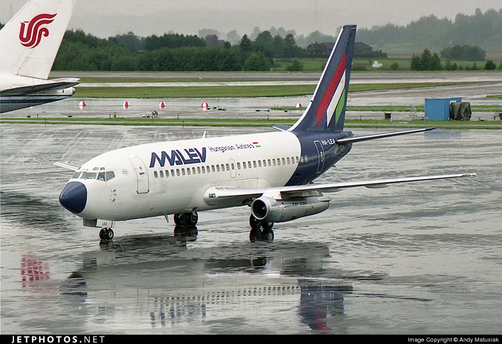 HA-LEA - Boeing 737-2Q8(Adv) - Malév Hungarian Airlines