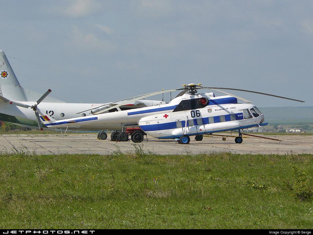 06 - Mil Mi-8P Hip - Moldova - Air Force