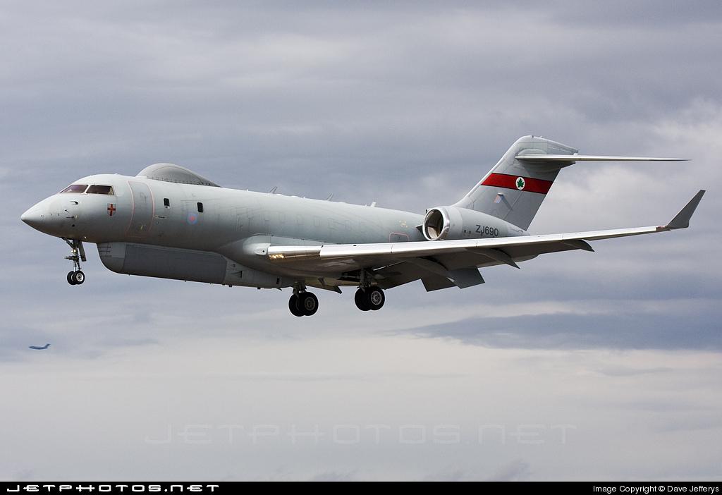 ZJ690 - Bombardier BD-700-1A10 Sentinel R.1 - United Kingdom - Royal Air Force (RAF)