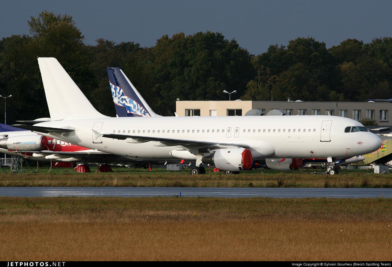 F-GKHK - Airbus A320-212 - XL Airways France