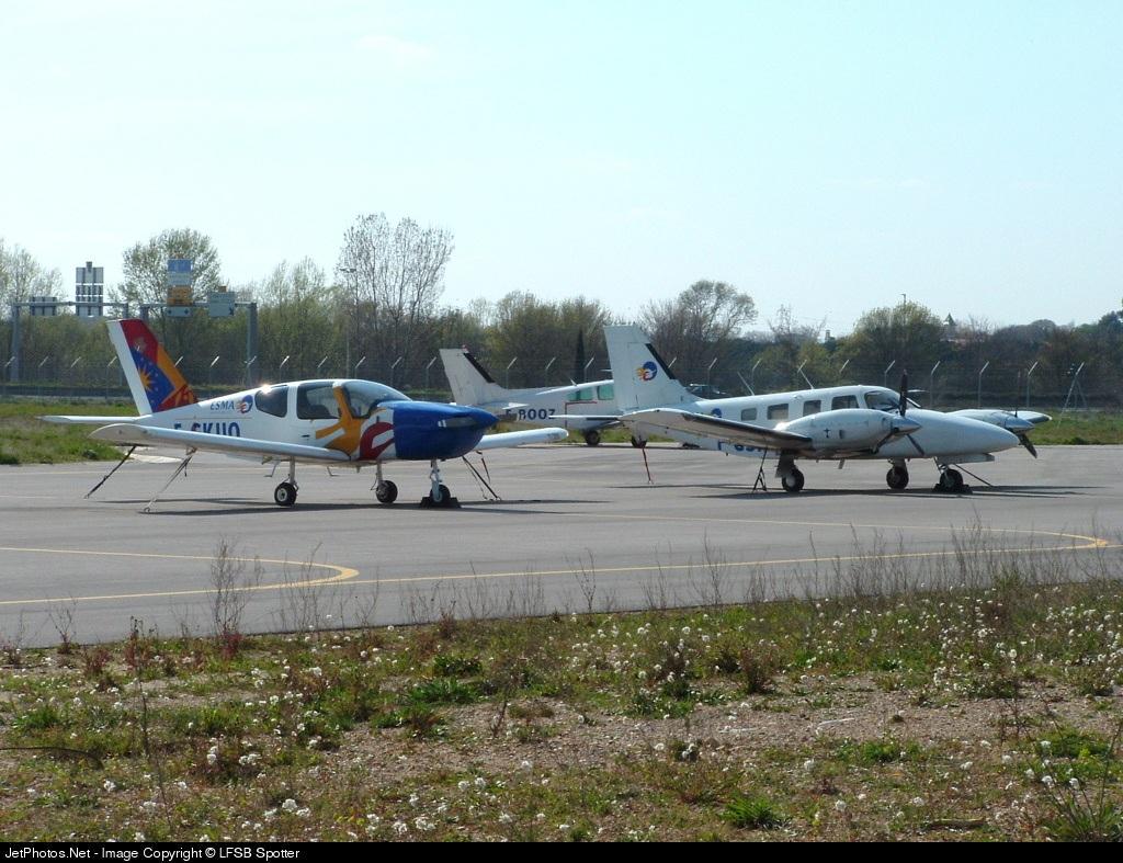 F-GKUO - Socata TB-9 Tampico - Ecole Supérieure des Métiers de l'Aéronautique (ESMA)