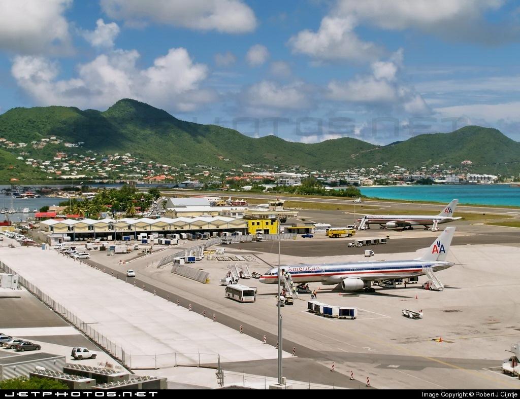 TNCM - Airport - Ramp