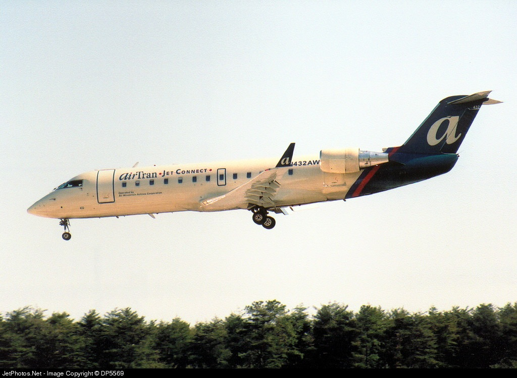 N432AW - Bombardier CRJ-200LR - airTran Jet Connect (Air Wisconsin)