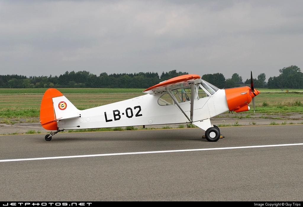 LB-02 - Piper L-21B Super Cub - Belgium - Air Force