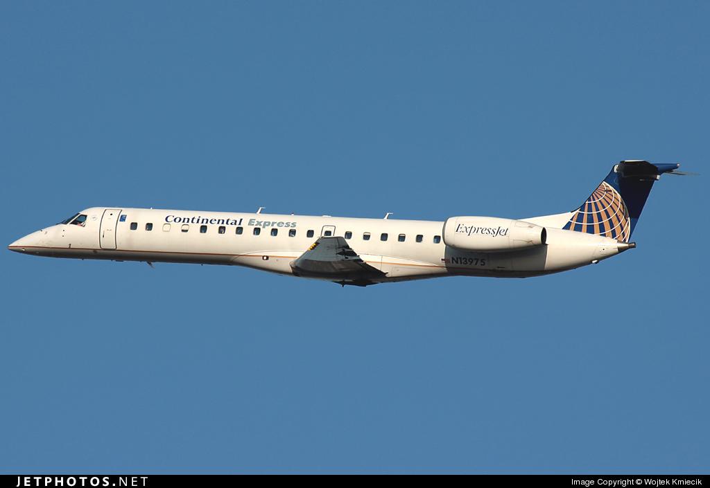 N13975 - Embraer ERJ-145LR - Continental Express (ExpressJet Airlines)