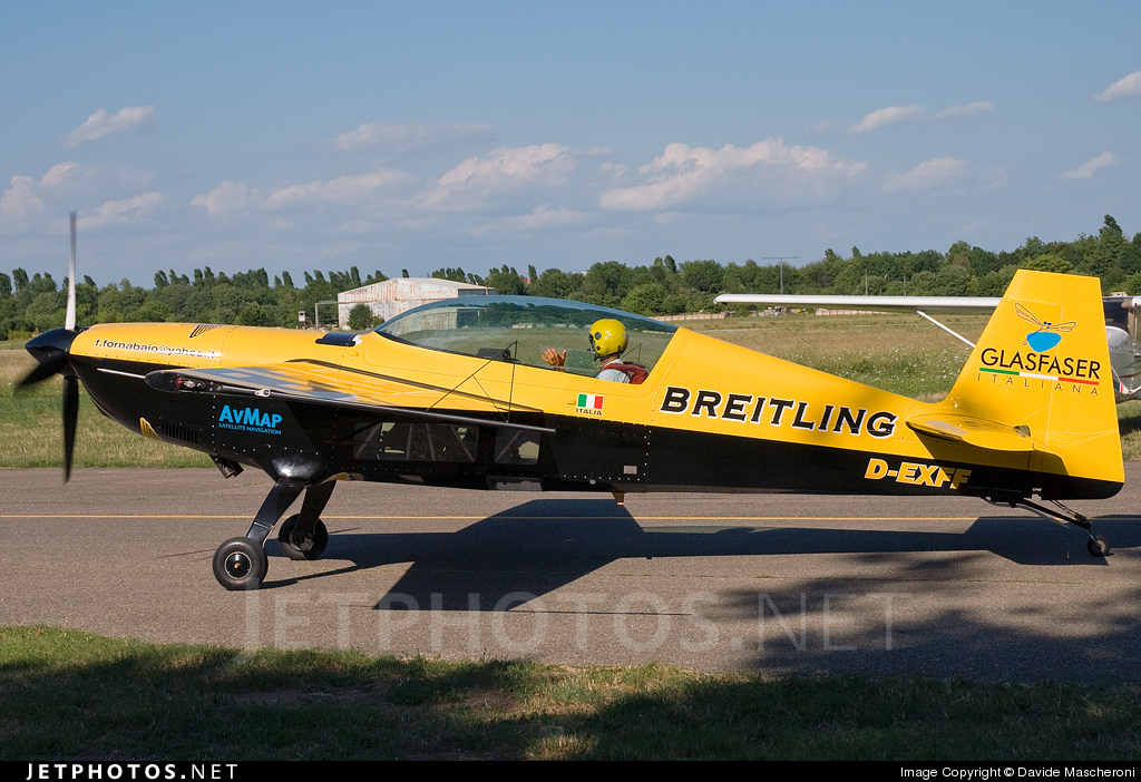 D-EXFF - Extra 300 - Private