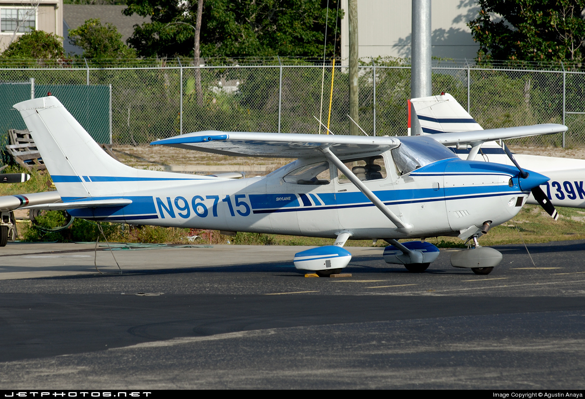N96715 - Cessna 182Q Skylane II - Private