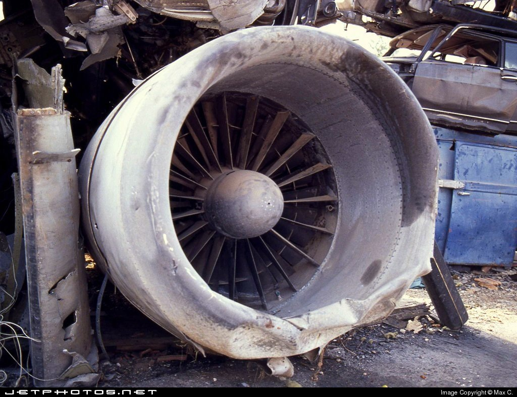 I-DIKQ - McDonnell Douglas DC-9-32 - Alitalia