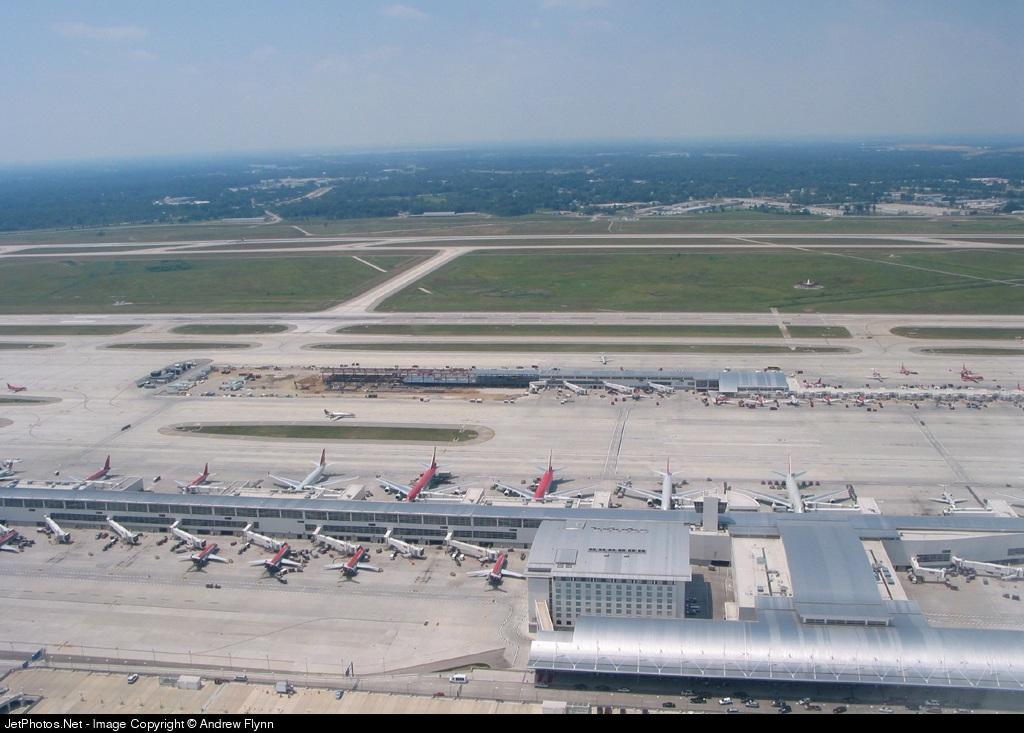 KDTW - Airport - Ramp