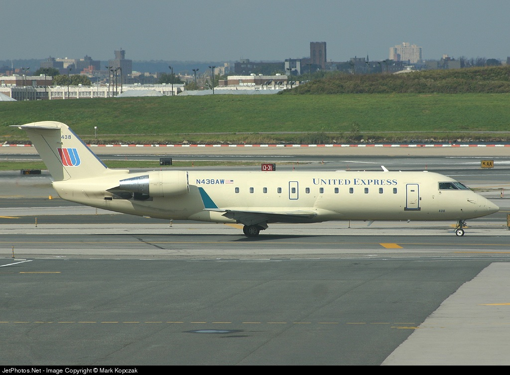 N438AW - Bombardier CRJ-200LR - United Express (Air Wisconsin)