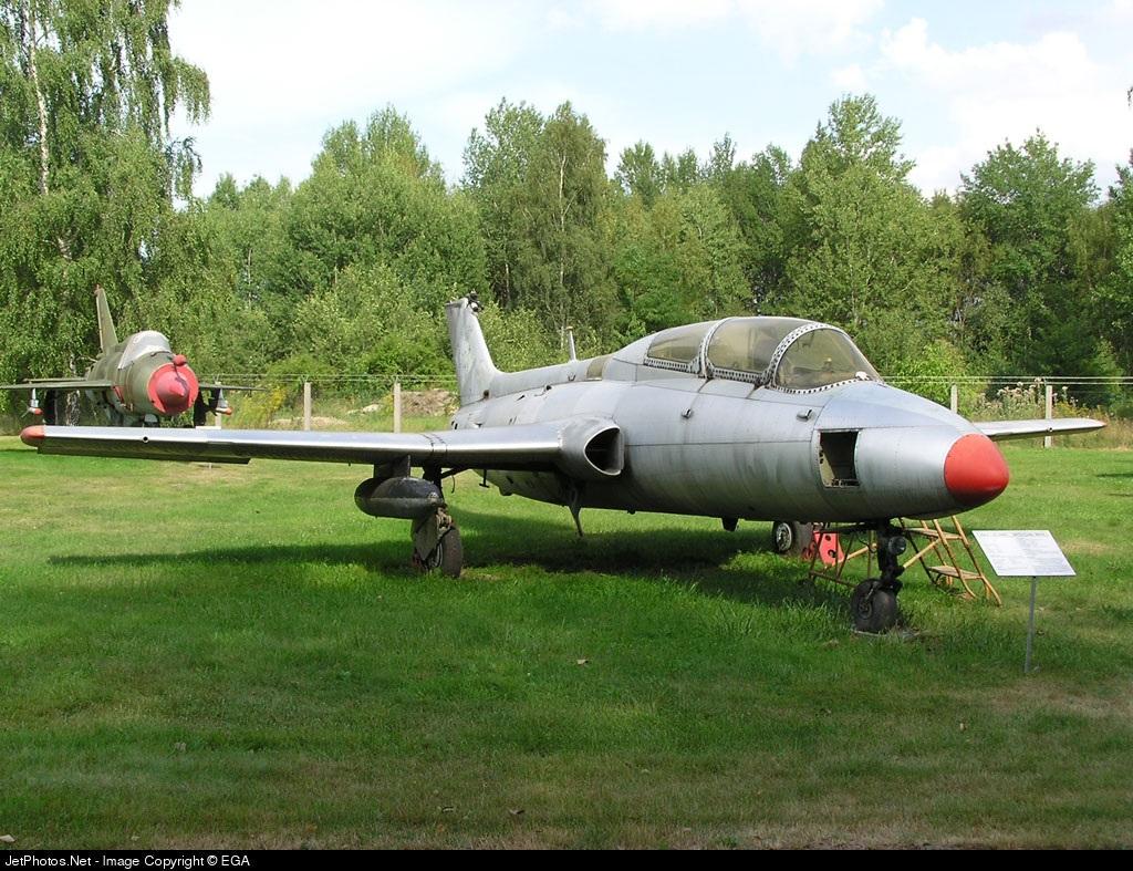 370 - Aero L-29 Delfin - Private