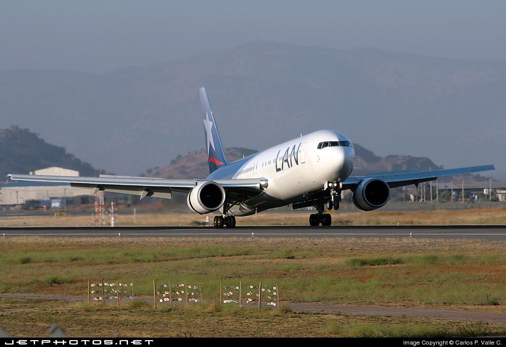 CC-CWV - Boeing 767-316(ER) - LAN Airlines