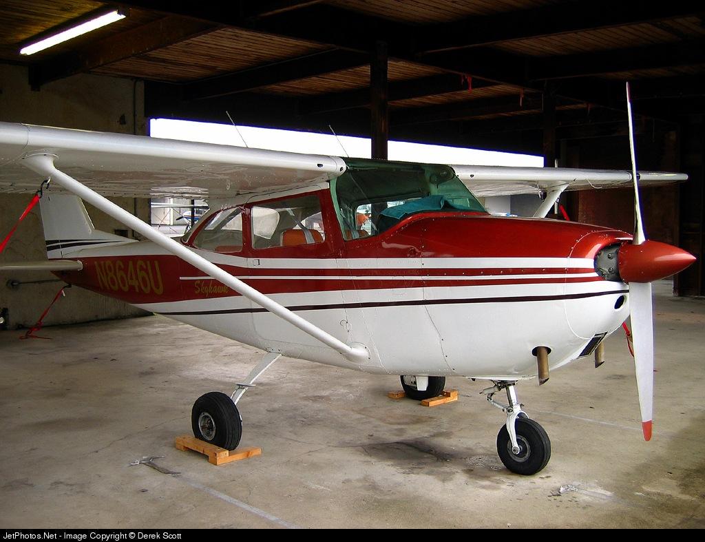 N8646U - Cessna 172F Skyhawk - Private