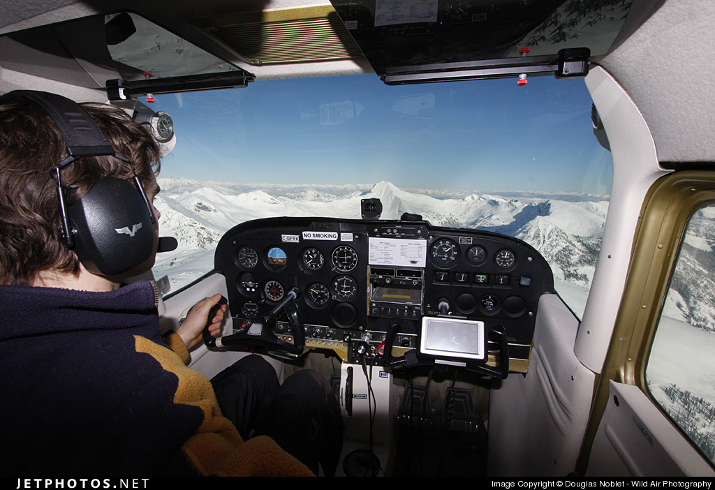 C-GFRK - Cessna 172K Skyhawk - Kootenay Lake Aviation