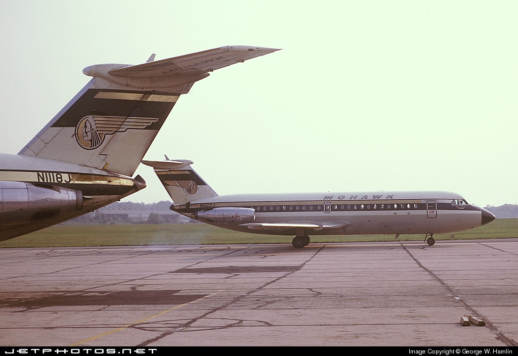N1122J - British Aircraft Corporation BAC 1-11 Series 204AF - Mohawk Airlines