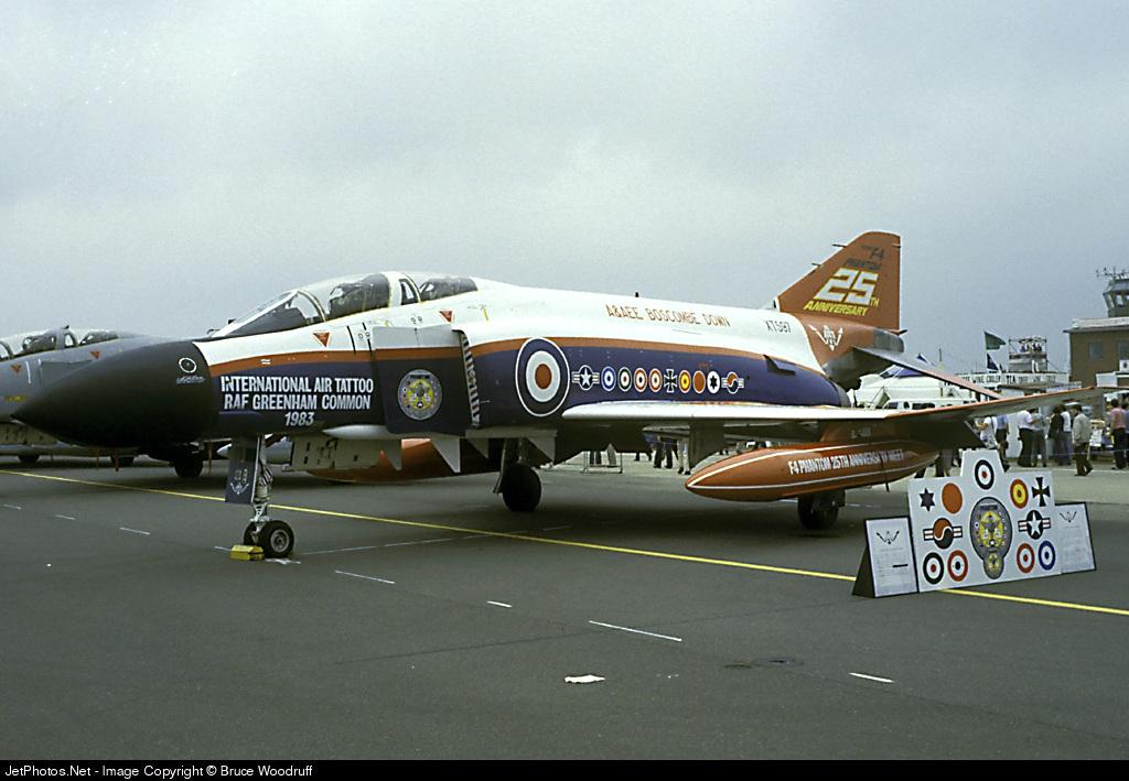 XT597 - McDonnell Douglas Phantom FG.1 - United Kingdom - Royal Air Force (RAF)