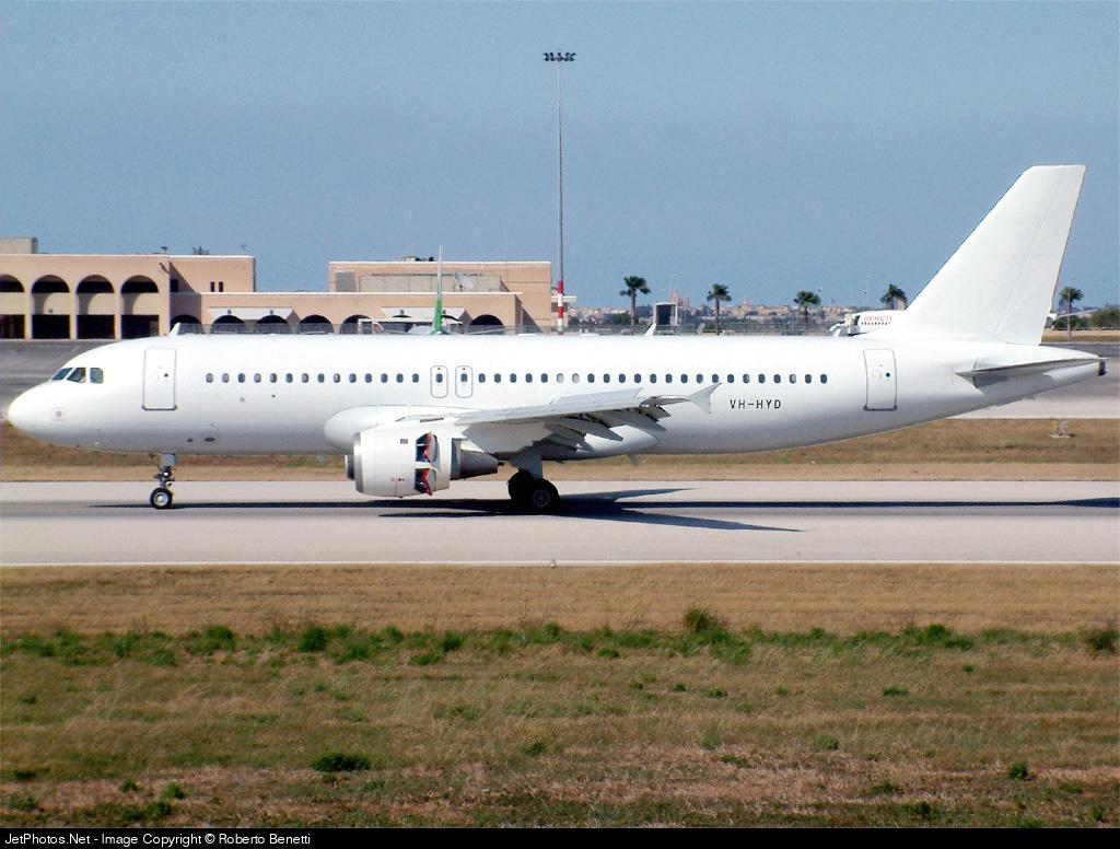 VH-HYD - Airbus A320-211 - Private
