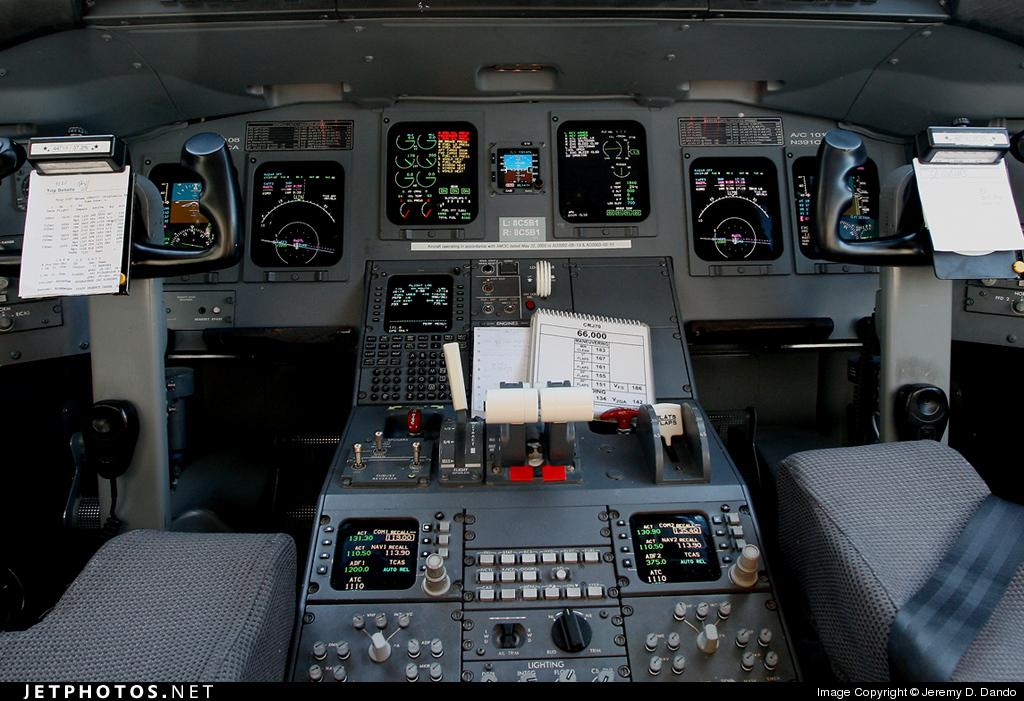 N391CA - Bombardier CRJ-701ER - Delta Connection (Comair)