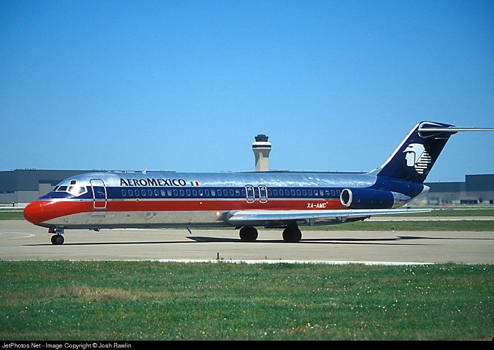 XA-AMC - McDonnell Douglas DC-9-32 - Aeroméxico