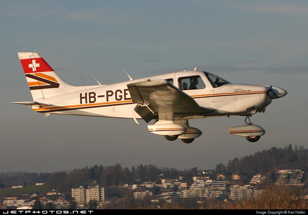 HB-PGE - Piper PA-28-181 Archer II - Private