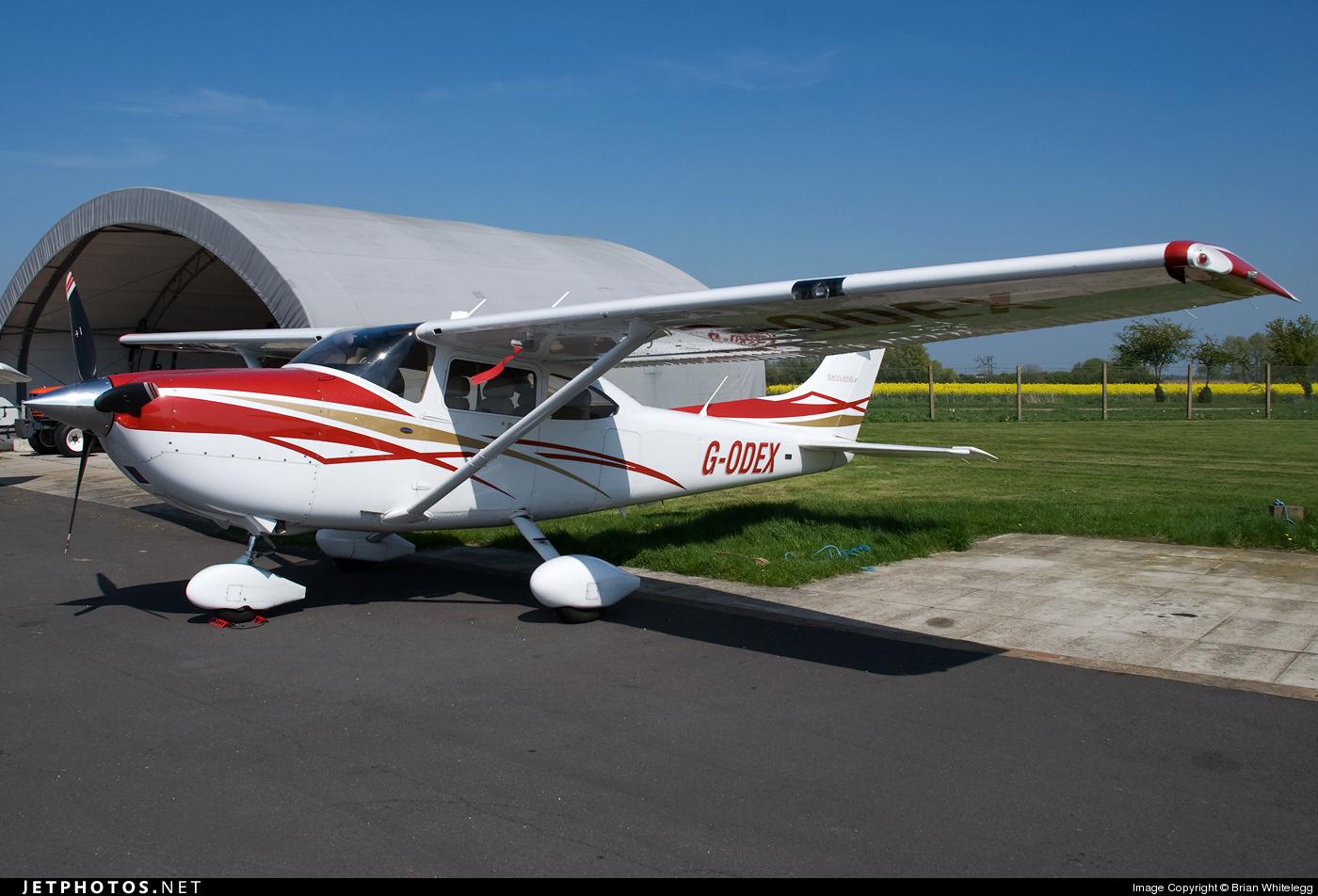 G-ODEX - Cessna 182T Skylane - Private