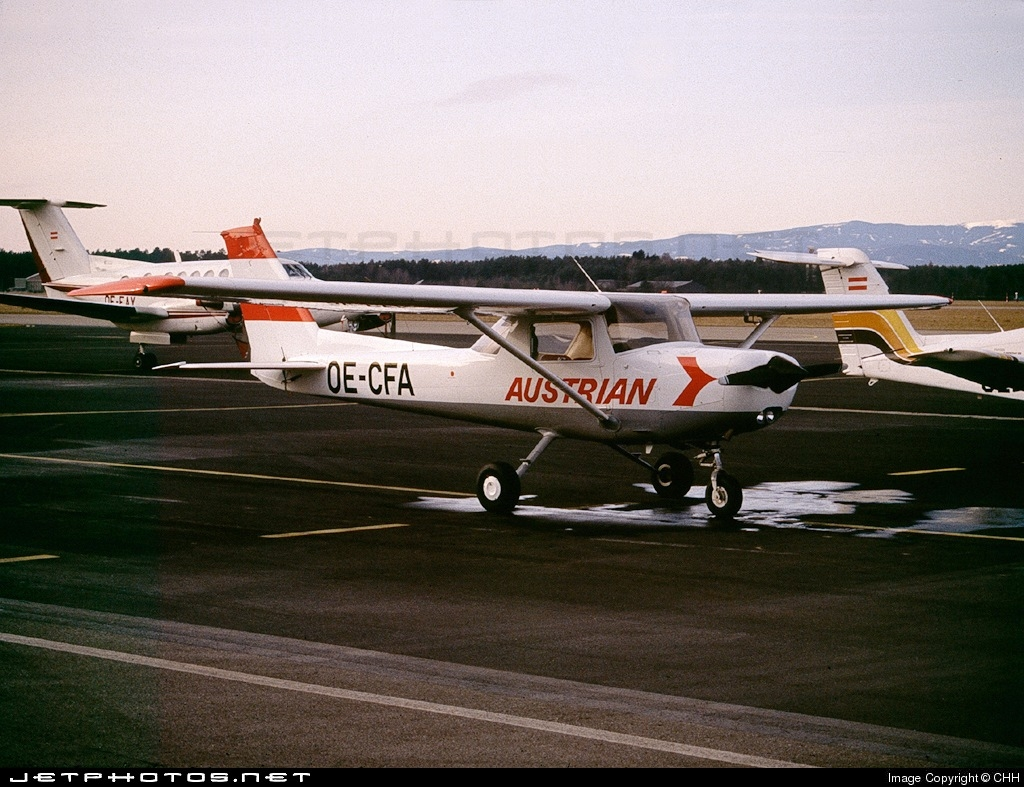 OE-CFA - Reims-Cessna F152 II - Austrian Airlines