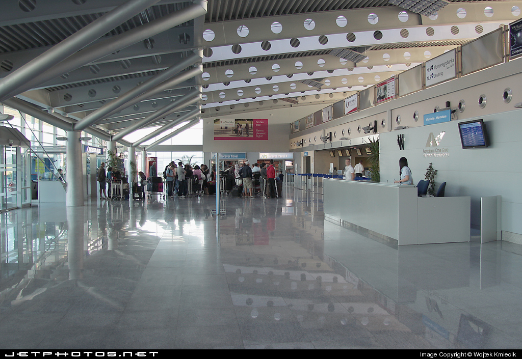 LYPG - Airport - Terminal