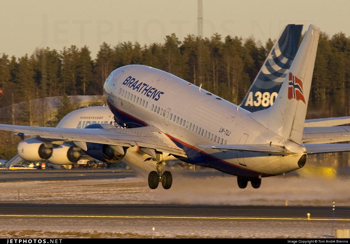 LN-TUJ - Boeing 737-705 - SAS Braathens