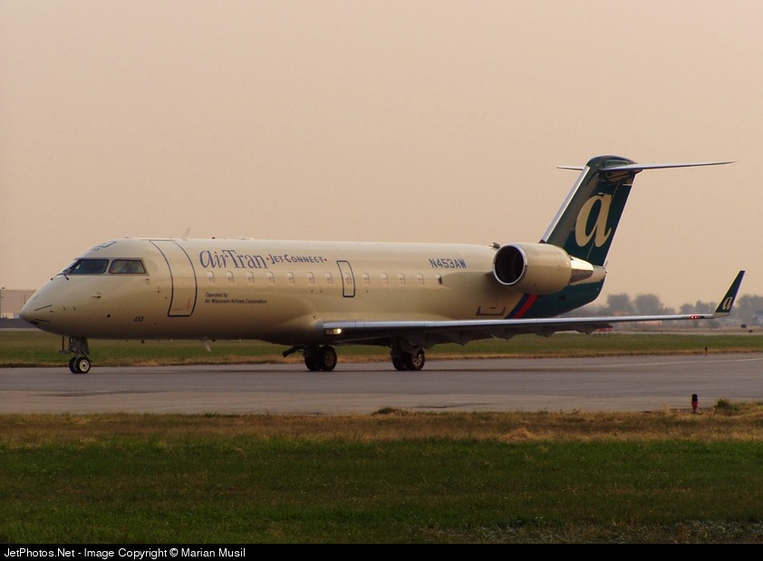 N453AW - Bombardier CRJ-200LR - airTran Jet Connect (Air Wisconsin)