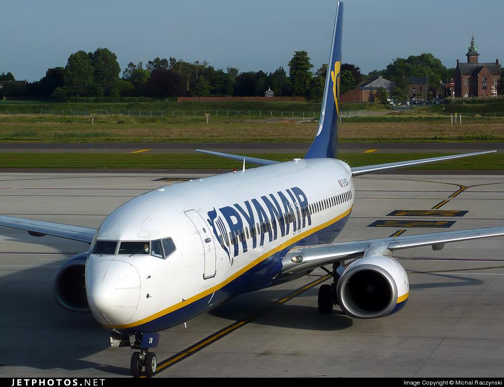 EI-DCW - Boeing 737-8AS - Ryanair
