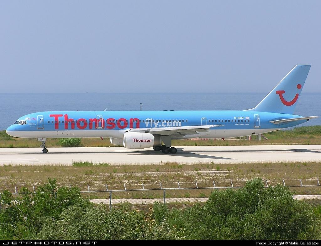 G-BYAP - Boeing 757-204 - Thomsonfly